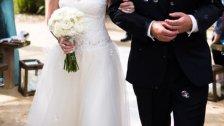 """تلقيا """"ضيافة"""" حشيشة كيف خلال حفل زفاف في بيروت!"""