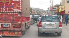 قطع الطريق عند تقاطع بربور - جامع عبد الناصر وطريق عام البيرة القبيات احتجاجا على ازمة البنزين