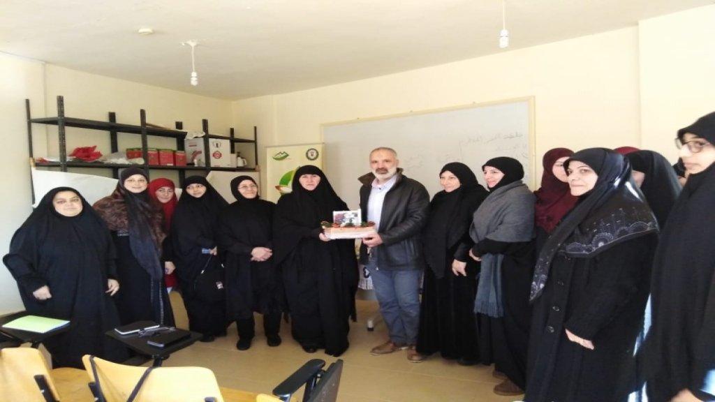 بلدية بنت جبيل نظمت دورة لتصنيع الشمع للسيدات في بنت جبيل بالتعاون مع مؤسسة جهاد البناء