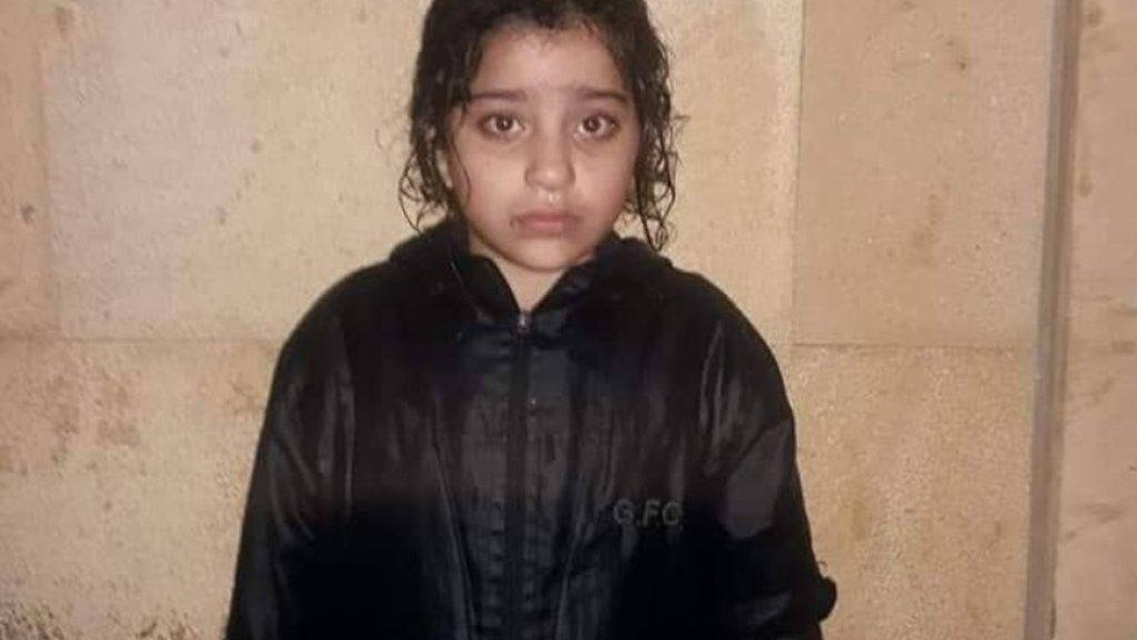 العثور على فتاة تُدعى آيات مصطفى تبحث عن أهلها في وسط بيروت وهي موجودة في مسجد الأمين