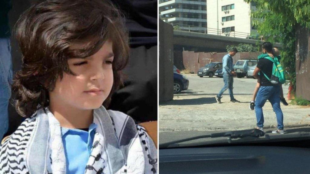 """المحارب الصغير """"وليد"""" رحل بعد معركة مع """"الخبيث""""...صورته المؤثرة بين يدي والده وهو يأخذه لتلقي العلاج في مستشفى في بيروت رسخت في قلوب اللبنانيين"""