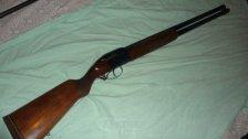 العثور على جثة رجل ستيني مصابة بطلق ناري في الرأس من بندقية صيد داخل منزله في بلدة حياطة - كسروان