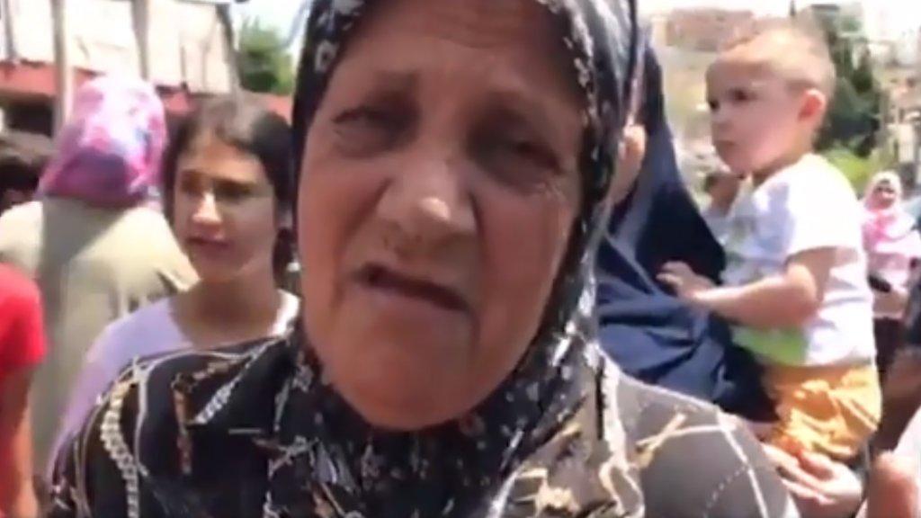 """فيديو موجع لأمهات في صيدا: """"عم فلفل رز لولادي لاقدر طعميهن...ما بدن يانا نضهر من هالبلد يرشوا علينا نووي منموت"""""""