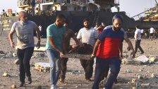أحد جرجى انفجار بيروت يروي: لا نستطيع أن نصدق أننا خرجنا أحياء...كان الناس ينزفون الدم راقدين على الأرض ويركضون في الشوارع...كان كابوسا