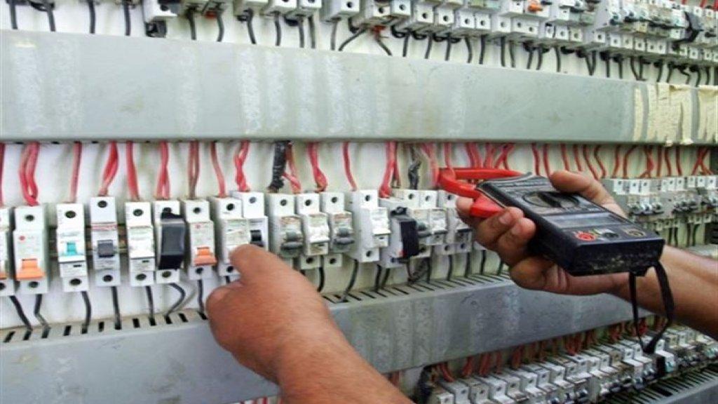 بلدية بنت جبيل: سوف نضطر الى عدم تشغيل مولدات الكهرباء بين الساعة الثانية والرابعة او بين الساعة الثالثة والخامسة من بعد الظهر وزيادة  التعرفة الى 500 ليرة للكيلو واط