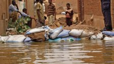 في مواجهة كارثة فيضانات السودان، اجتماع جامعة الدول العربية خلص إلى دعم عاجل يشمل الدواء والغذاء، ودعم فني في إعادة الإعمار وتقديم المنح الدراسية