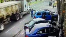 فيديو متداول لشاحنة تدهس مواطنين في السكسكية، ليتبين أن الخبر كاذب...حصل العام الماضي في إحدى الدول الأجنبية!