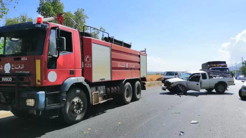 قتيلان و7 جرحى في إصطدام حافلة لنقل الركاب بشاحنة من نوع بيك اب على طريق عام عميق - البقاع الغربي