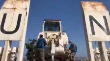 بالفيديو/ اليونيفيل: جنود حفظ السلام إنتشروا في العاصمة بيروت ومعهم آليات ثقيلة ومعدات أخرى للمساعدة في إزالة الأنقاض وإعادة الاعمار