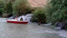 """""""محمد"""" ابن الـ 19 عاما فُقد بينما كان يسبح في مياه نهر العاصي!"""