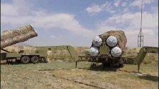 """أذربيجان تعلن عن تدمير منظومة صواريخ """"إس-300"""" تابعة للقوات الجوية الأرمنية في قره باغ"""