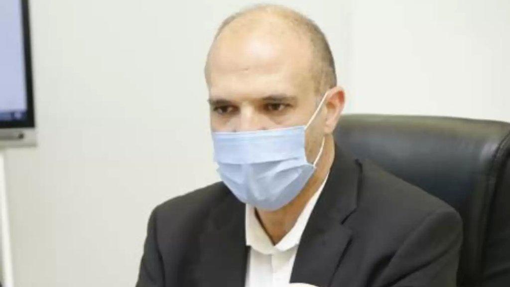 """وزير الصحة: """"لا نستطيع ترك مريض يموت في منزله.. ليس من حجة لأي مستشفى عام أو خاص لعدم استقبال مريض"""""""