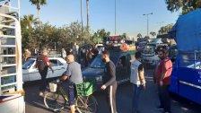 """""""الخسة بـ4 آلاف والحامض بـ7""""...بائعوا الخضار في صيدا حاولوا قطع الطريق أمام الحسبة احتجاجاً على الغلاء الخانق"""