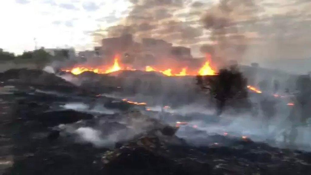 بالفيديو/ النيران تلتهم مساحات كبيرة في عدد من قرى قضاء صور