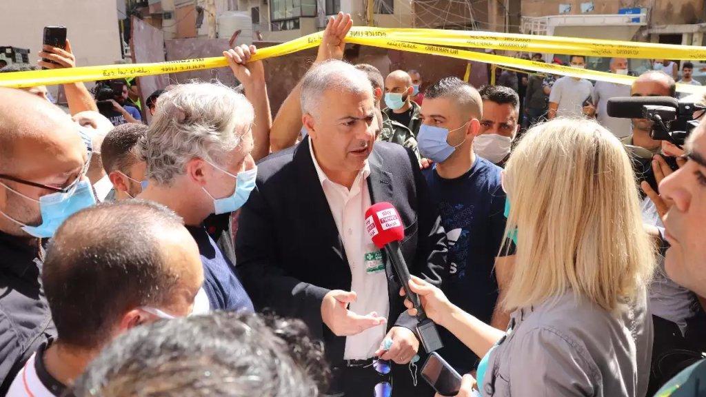 محافظ بيروت تفقد أضرار انفجاري الطريق الجديدة والأشرفية: توجد آلاف المستودعات التي تشكل قنابل موقوتة داخل الاحياء السكنية