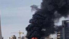 بالصورة/  حريق كبير في المدينة الصناعية في سد البوشرية