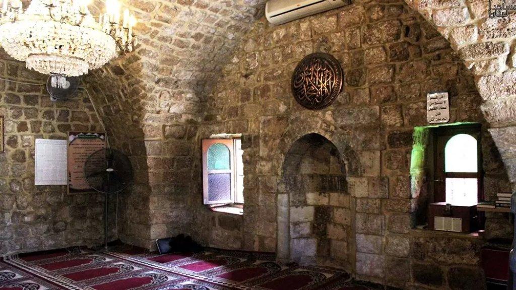 توقيف المحرّض الرئيسي وشخصين من المعتدين على المسجد في جبيل