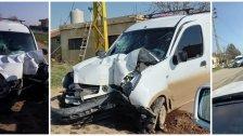 بالصور/ حادث أليم في بعلبك...قتيلان نتيجة إصطدام مركبة بعمود إنارة على طريق عام حوش بردى