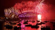 بالصور والفيديو/ هكذا إستقبلت مدينة سيدني في أستراليا العام الجديد 2021