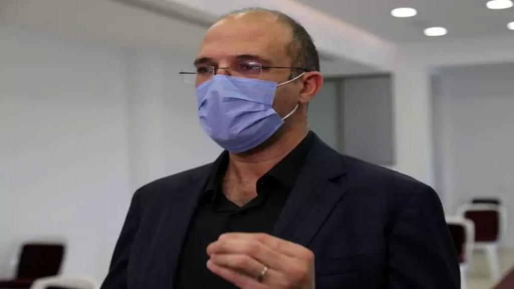 وزير الصحة يعلن خفض كلفة فحوص PCR في المستشفيات الحكومية إلى 100 ألف اعتبارا من الاثنين المقبل