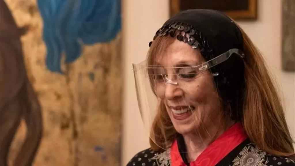 """خبر كاذب يطال السيدة فيروز: لا صحة لما يتم تداوله عبر مجموعات """"واتساب"""" عن إصابتها بفيروس كورونا"""