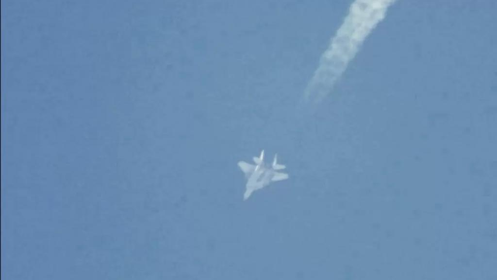 """فيديو لطائرة F-15 """"إسرائيلية"""" تحلّق في الأجواء اللبنانية"""