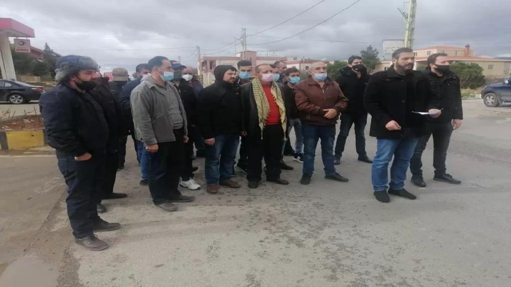 اعتصام لاصحاب محطات المحروقات في البقاع الشمالي احتجاجا على اجراءات العبور