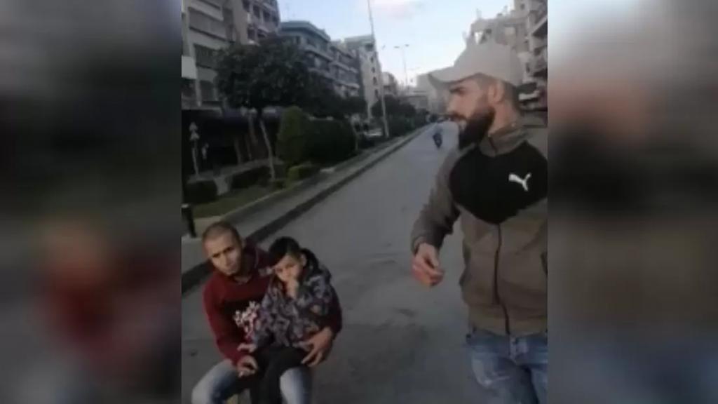 قطع الطريق عند مستديرة النور باتجاه التل في طرابلس ومطالبة بتأمين الحاجات الضرورية الى المحتاجين