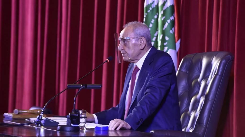 الرئيس بري نوه بعمل رئيس واعضاء لجنة الصحة النيابية والجهد الذي بذل لانجاز القانون المتعلق باللقاح