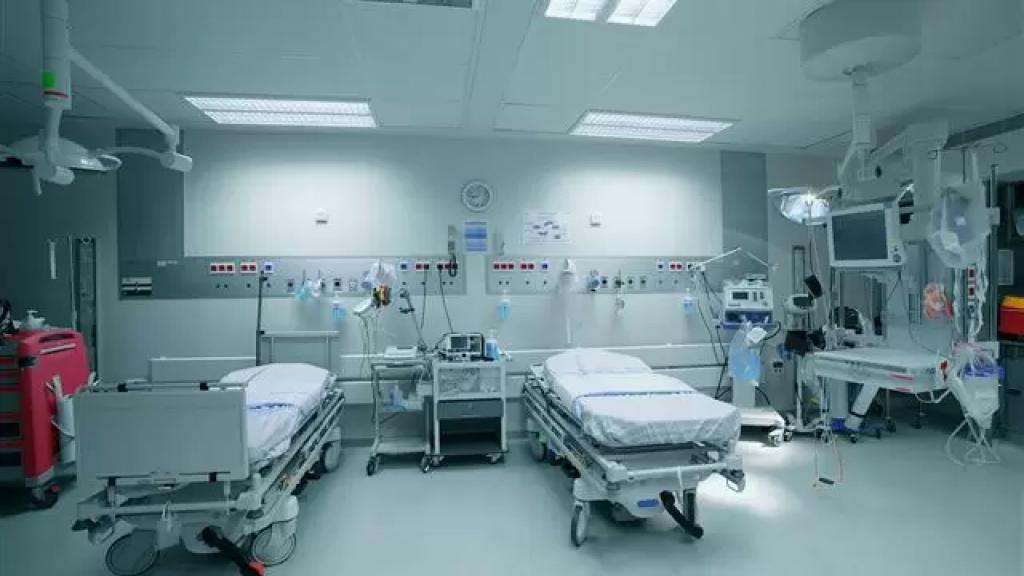 بالفيديو/ مستشار وزير الصحة: الوزير يتحسن والإغلاق 10 أيام لا يكفي واللجنة العلمية ستجتمع غداً لدرس عدد الإصابات