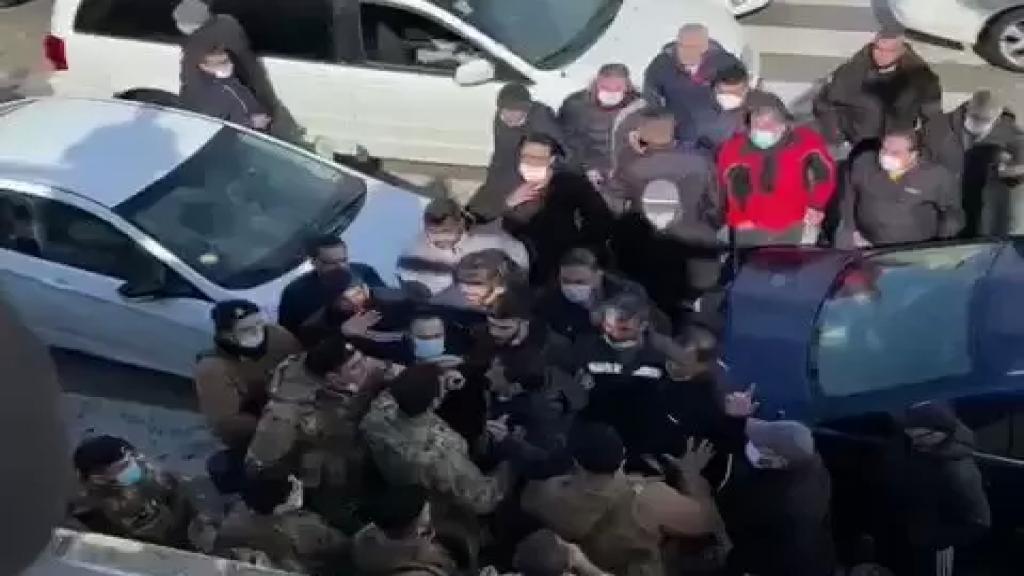 بعد الإشكال بين سائقي تاكسي المطار وعناصر من الجيش... جهاز أمن المطار: لن نسمح بأي إخلال بالأمن تحت أي ذريعة كانت