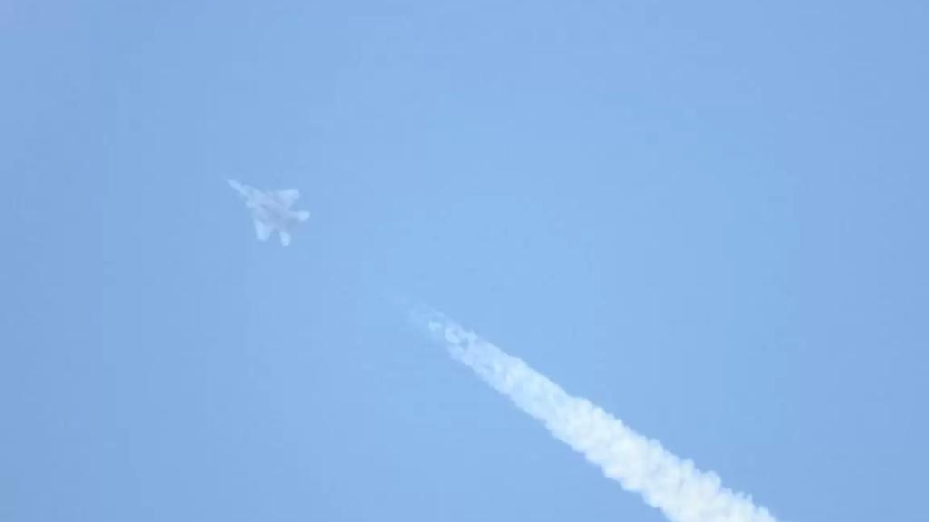 """بالصور والفيديو/ طائرات F15 """"إسرائيلية"""" تحلق في الأجواء اللبنانية"""