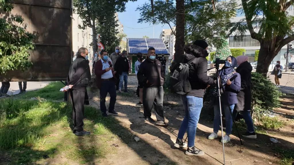تحرك إحتجاجي عند ساحة إيليا رفضا لتمديد فترة الاغلاق