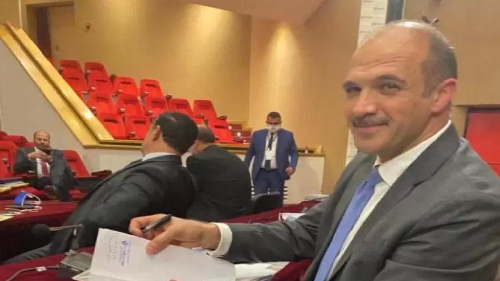 بعد شفائه من كورونا... وزير الصحة يرأس اجتماعاً موسعا لمجمل نقابات القطاع الصحي في الوزارة غداً