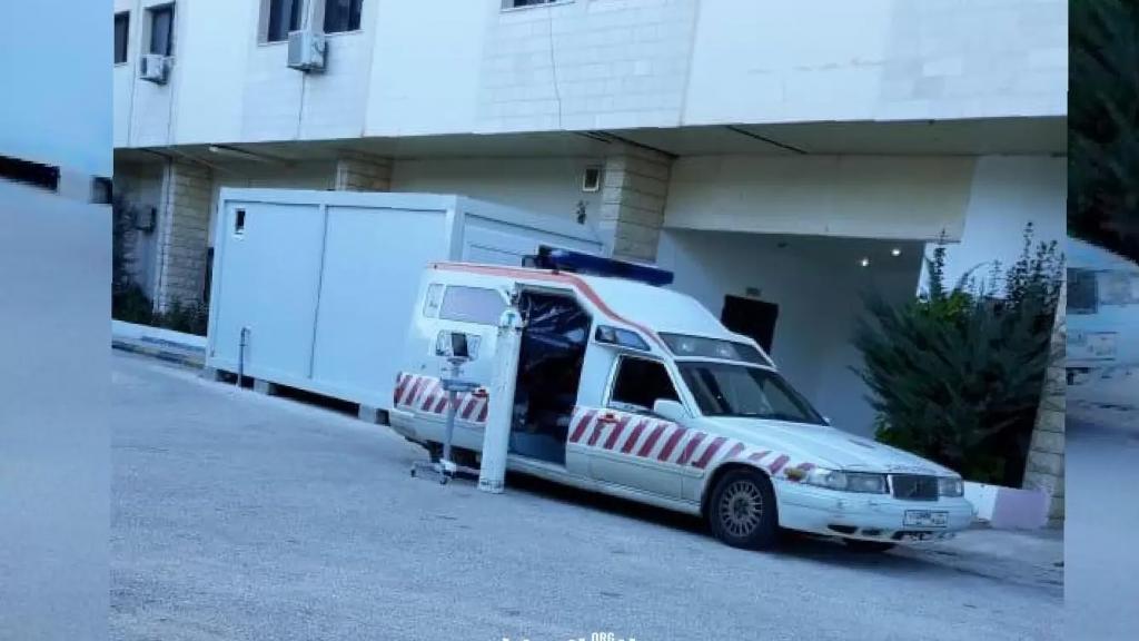 من أمام مستشفى بنت جبيل.. لحظات مرهقة من الشهيق والزفير بانتظار سرير شاغر