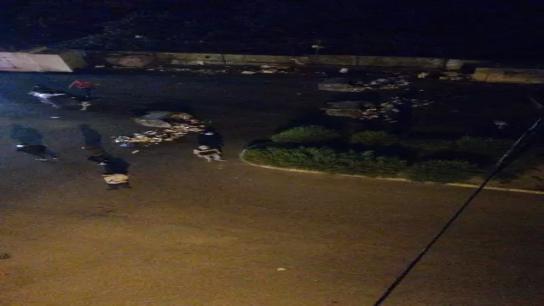 محتجون أشعلوا الإطارات عند تقاطع إيليا وقطعوا الطريق في القياعة