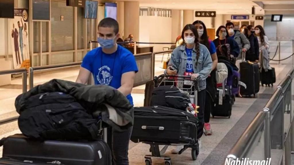 لبنان في المرتبة الأولى...نسبة الشباب الراغبين بالهجرة بلغت 34%
