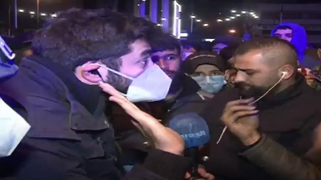 """الإعتداء على فريق عمل """"الجديد""""  الذي ضمّ المراسل غدي بو موسى والمصور زكريا الخطيب في طرابلس أثناء تغطية التحركات الإحتجاجية"""