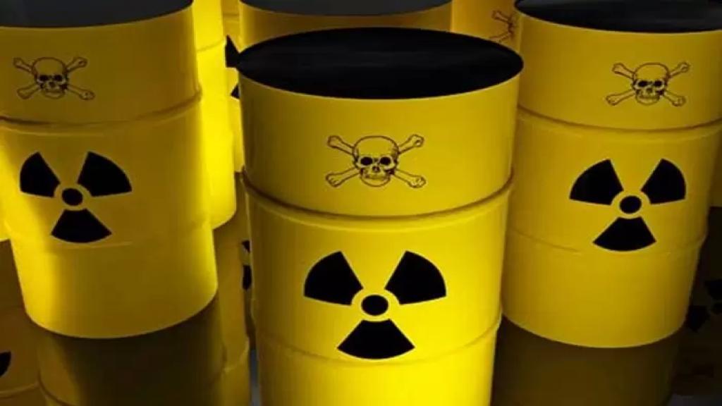 سالم زهران يكشف: اللواء ابراهيم أعلن عن وجود مواد مشعة داخل مركز على طريق المطار وتعهّدت شركة ألمانية لدياب بنقل هذه المواد الى باريس