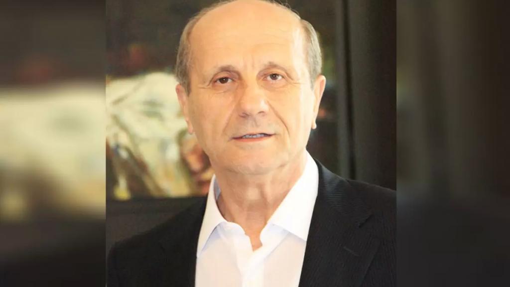 """مروان شربل: """"أصدق ما قرأت: سأل احدهم بعض السياسيين اللبنانيين، ليش ما بتتبرَّع للفقراء. قال ما بدنا نطعميهن مال حرام"""""""