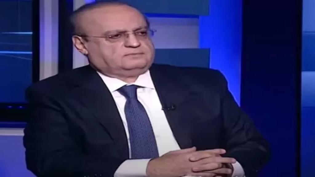 وهاب: أبلغتنا دوائر القصر الجمهوري أن الرئيس أصر على تسليم أموال القرض للفقراء على سعر 6200 ليرة ليحتفظ البنك المركزي بالدولار لصرفه على الحاجات الطبية والغذائية