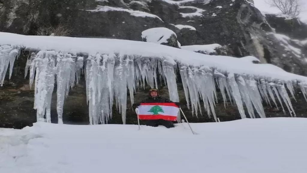 الثلج فرض الإقفال الأبيض لطرق عكار على ارتفاع 1200 متر...تخطت سماكة الثلوج المترين في بعض الأماكن