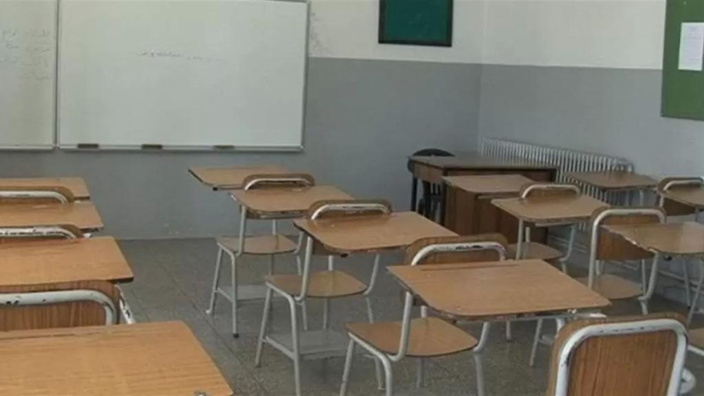 متعاقدو الاساسي: لا تعليم عن بعد غدا في كافة المدارس الرسمية