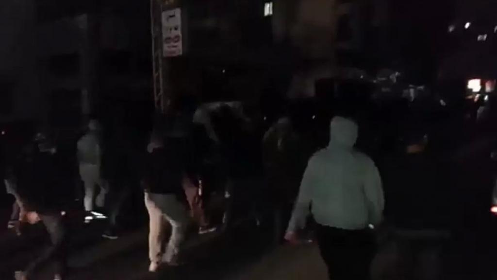 بالفيديو/ مسيرة راجلة للمحتجين من ساحة ايليا الى ساحة النجمة في صيدا