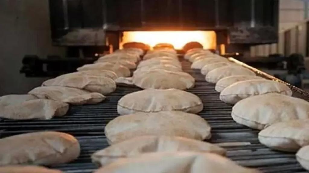 نقابة عمال المخابز:  لن نكون شهود زور على رغيف خبز الفقراء وعرق العمال
