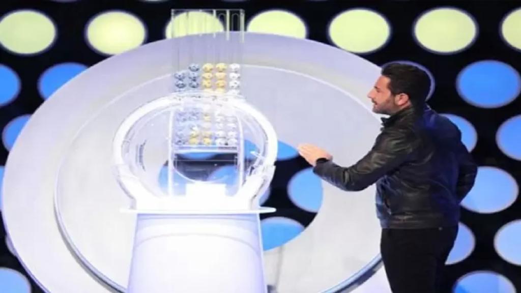 """اللبناني """"أبو علي"""" يصبح المليونير الثالث بعد فوزه بمليون درهم بسحب """"محظوظ دبي"""""""