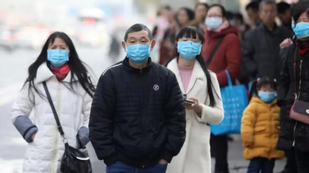 فيروس كورونا يحصد حوالي 106 ملايين إصابة حول العالم!