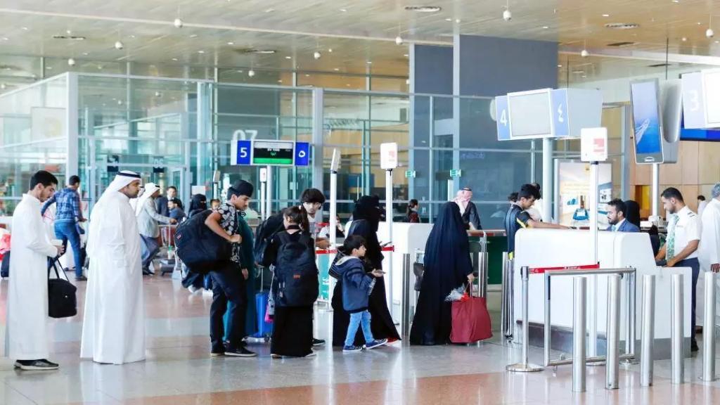 السعودية: منعنا انتشار وباء كورونا بين المسلمين حول العالم
