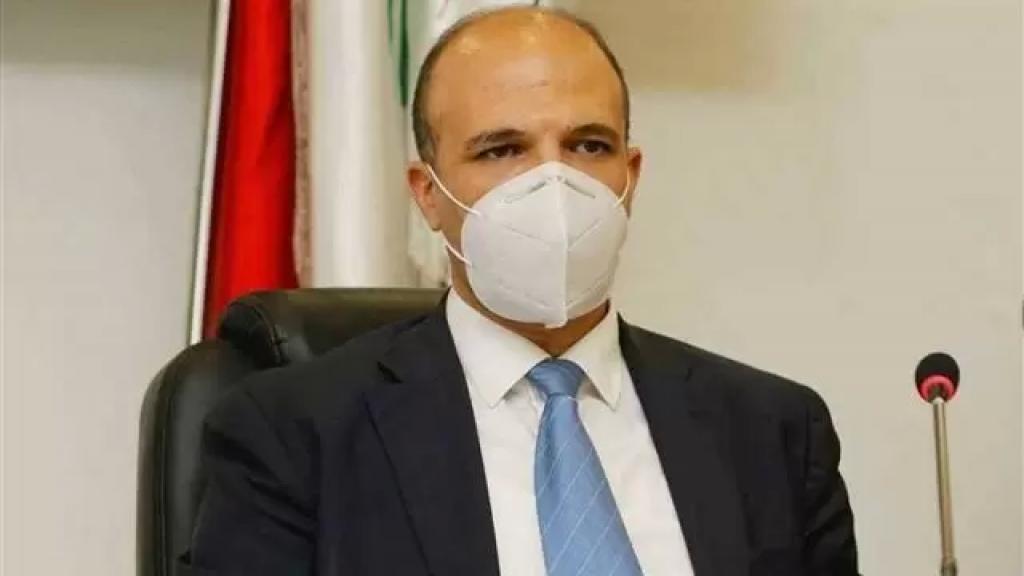 وزير الصحة: اللقاح سيصل إلى لبنان عصر السبت المقبل لينطلق التحصين الأحد