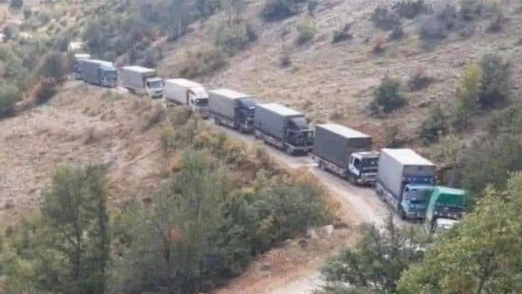 """""""تهريب"""" مكشوف..شاحنات مازوت وغاز ومواد غذائية من عكار إلى البقاع (لبنان 24)"""